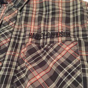 Harley-Davidson Shirts - Genuine Harley-Davidson Short Sleeve Button Up - M